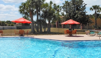 Stay with Free Breakfast at Ramada Davenport Orlando South in Florida, with Dates into December – Save 15%