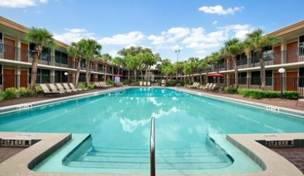 Stay at Ramada by Wyndham Kissimmee Gateway in Florida. Dates into December. – Save 23%